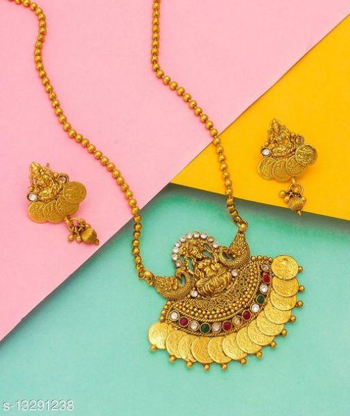 WOMAN FANCY Necklaces