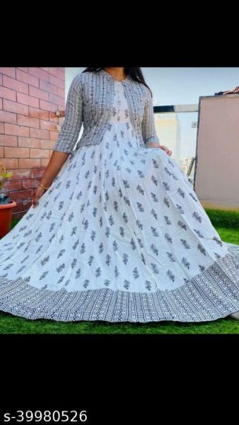 Rayon Beautiful Kurti With Jacket Long Kurti White